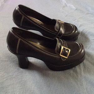 "Ellemenno shoes!! EUC!! 3.5"" heel! Black!!  7M!"